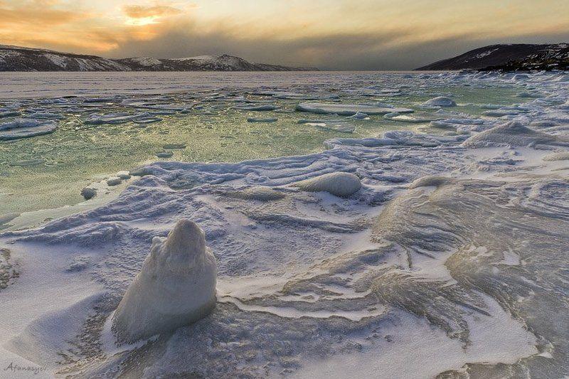 магадан, бухта нагаева, вечер, пейзаж, закат, лед, море, сопки, охотское море, Зимняяphoto preview