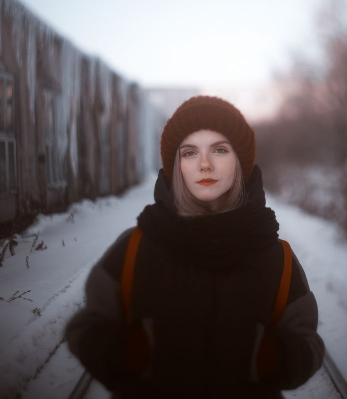 portrait,girl,beautiful,winter18,fashion,screative,shine,девушка,портрет,зима,декабрь,december,color,forest,beautifulgirl,illustration,fashiongirl,2018,2019,happynewyear,blue,white,coldly,snow,permafrost,холод,новый год, с новым годом,зима,снег winterphoto preview