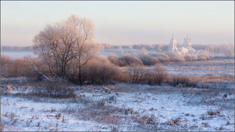 россия, ивановская обл, дунилово Проснулось солнце и туман уходитphoto preview