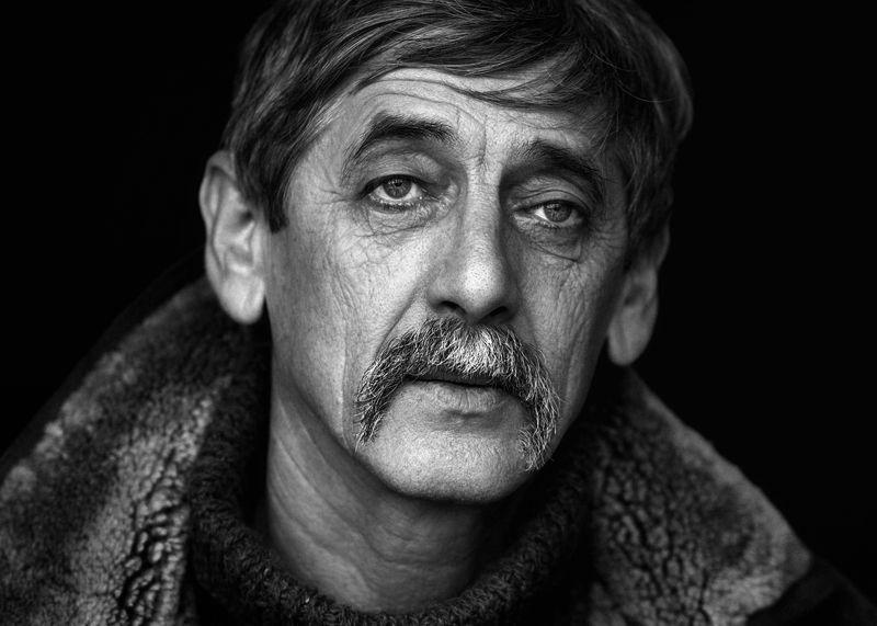 мужчина, портрет Иванphoto preview