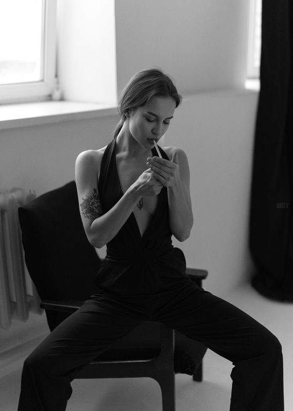 фотомодель, портрет, чб, девушка, красивая, взгляд, черно-белое, woman, beautifull, portrait, black & white, monochrome, canon6d, toples, nude, sexy Маринаphoto preview