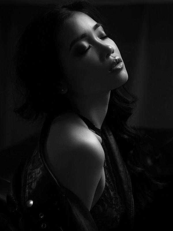 девушка, студийный портрет, ретушь Марианнаphoto preview