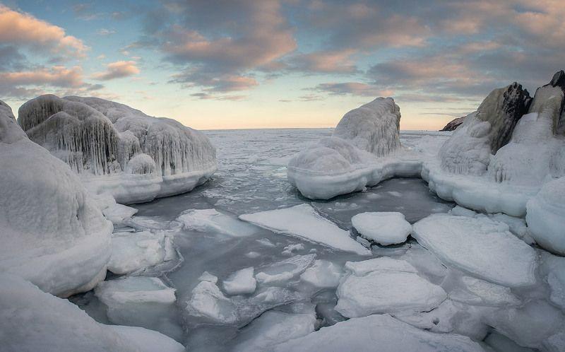 Льды наступаютphoto preview
