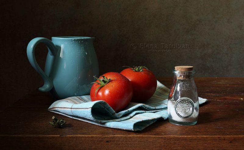 помидоры, томаты, овощи, перец, корзина, кувшин, хлеб, керамика Помидорно-овощныеphoto preview