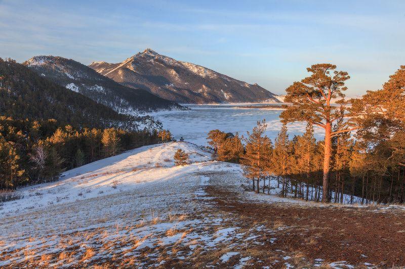 зима озеробольшое чебачье лед Тропинка к озеруphoto preview