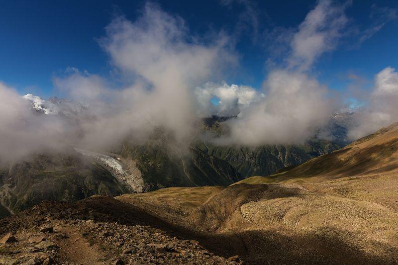 горы, восхождение, облака, кавказ отрываясь от земли...photo preview