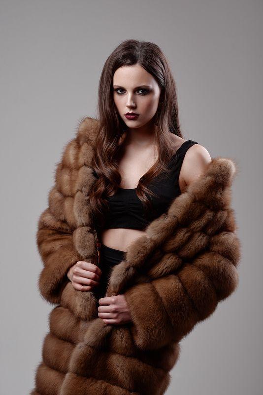 girl, portrait, fur, nikon, light, studio Anastasiaphoto preview
