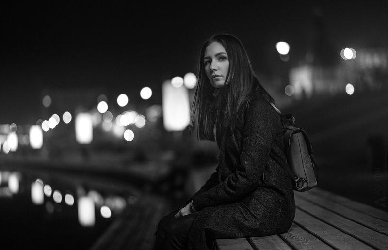 портрет, девушка, черно-белое, ночь Олесяphoto preview