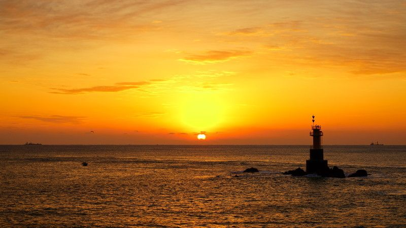 south korea, ulsan, sea, seascape, sunrise, lighthouse, boat, sun, clouds, ships Sunrise of Gampo fishing villagephoto preview