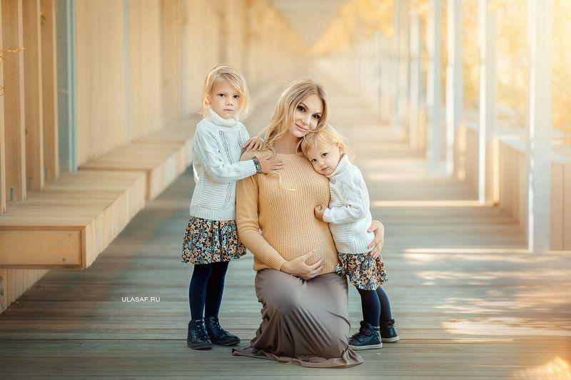 портрет, осень, девочки, girls, мама, дочки, сестренки, сестры, подружки, солнышко, лучи, happy, happiness, нежность, tenderness, сказка, волшебство, mother, sisters, ***photo preview