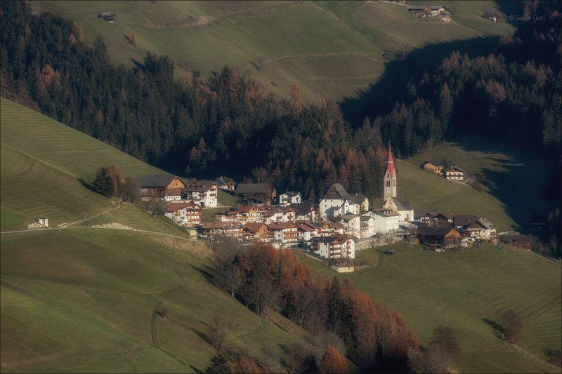 доломитовые альпы,pieve-di-marebbe,деревня,val-pusteria,поздняя осень,италия,alps, Pieve-di-Marebbe фото превью