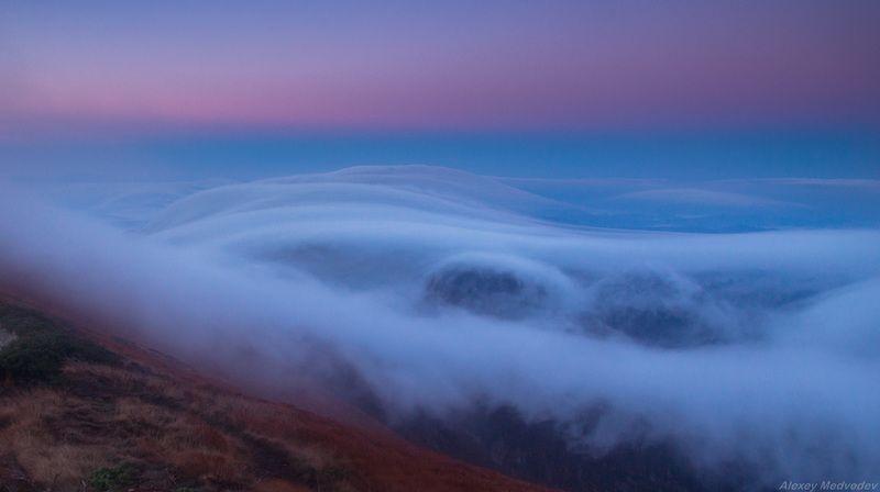 Карпаты, облака, рассвет, туман, Мармаросы, украина, марамарош Утренний прибойphoto preview