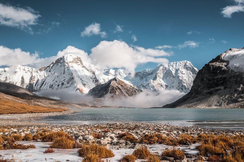 гималаи, непал, горы, озеро, ампхулапча Под Ампхулапчейphoto preview