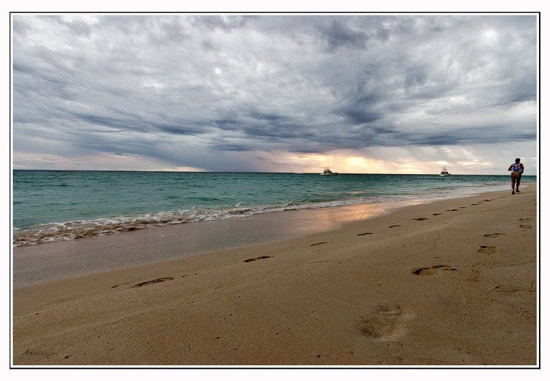утро, атлантика, доминикана, рассвет, дождь, карибы, песок, прибой, яхта Утро нового дняphoto preview