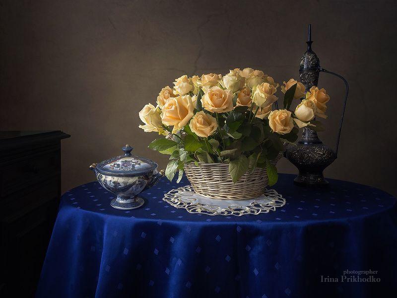 натюрморт, цветочный натюрморт, желтые розы Натюрморт с корзиной желтых розphoto preview