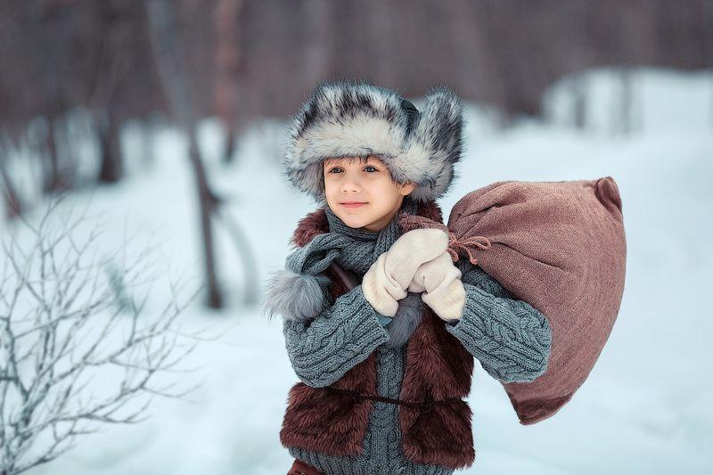 малыш, мальчик, маленькие дети, ребенок, дети на фото, детское фото, детская фотосессия, фотосессия, детский фотограф, зима, снег, лес, счастье, радость, детские фото, дети, портрет, фотопрогулка Однажды, в студеную зимнюю пору...photo preview