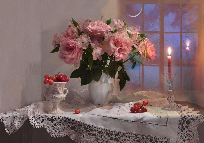 still life,натюрморт,февраль, фото натюрморт, свечи, розы, цветы, подсвечник, настроение, зима, Свеча горит, ломая сумрак ночи...photo preview