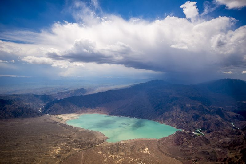 казахстан, горы, тянь-шань, заилийский алатау, Обходим грозуphoto preview