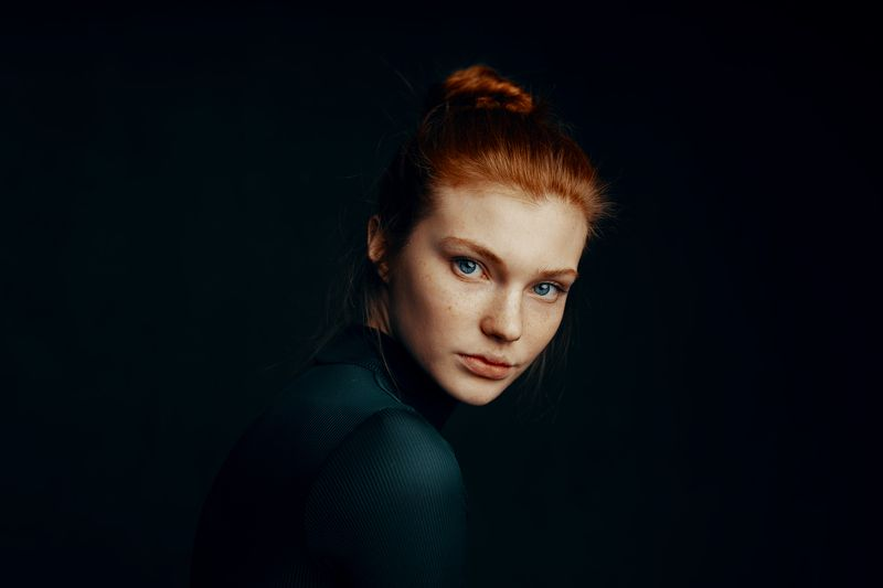 portrait, headshoot, girl, redhead, redhair,eyes, russiangirl, beauty, beautiful, Babakfatholahi Daria Milkyphoto preview