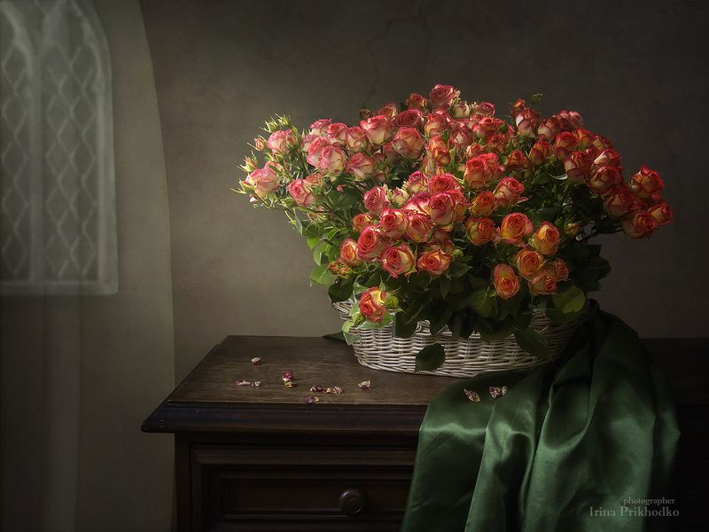 натюрморт, цветочный натюрморт, корзина роз Миллион мелких розphoto preview