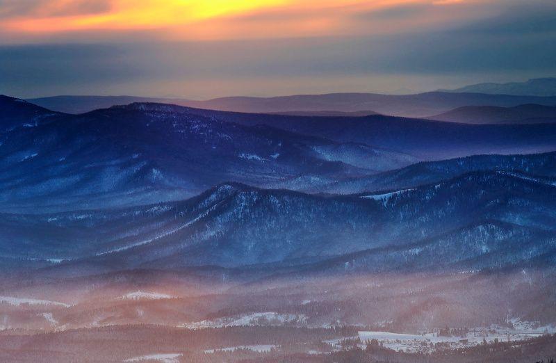 горная шория, сибирь, шерегеш, горы, вечер, закат, зима Штормитphoto preview