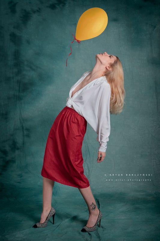 #red #white #balllon Baloonphoto preview