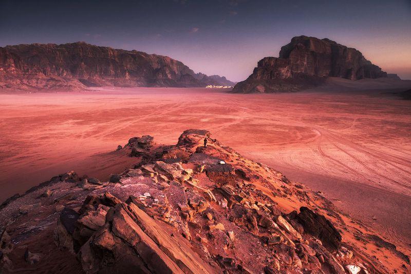mountains, jordan, landscape, wadi rum, sunrise, dawn, desert, light, colors, winter, warm, composition, horizon, sand, alpenglow, Dawn over Wadi Rumphoto preview