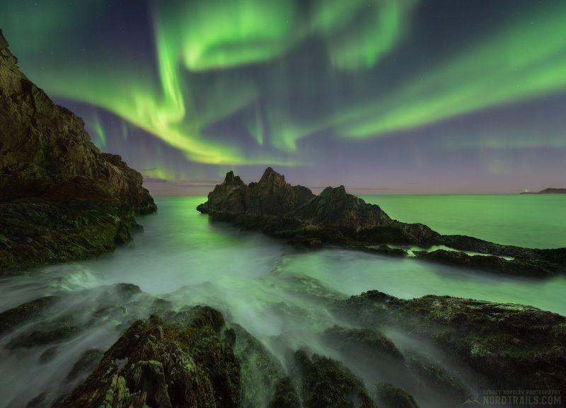 кольский, кольский полуостров, териберка, северное сияние, полярное сияние, север Заполярный ночной пейзажphoto preview