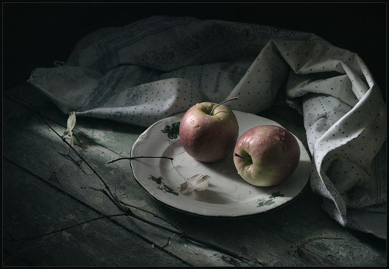 Яблочки..photo preview