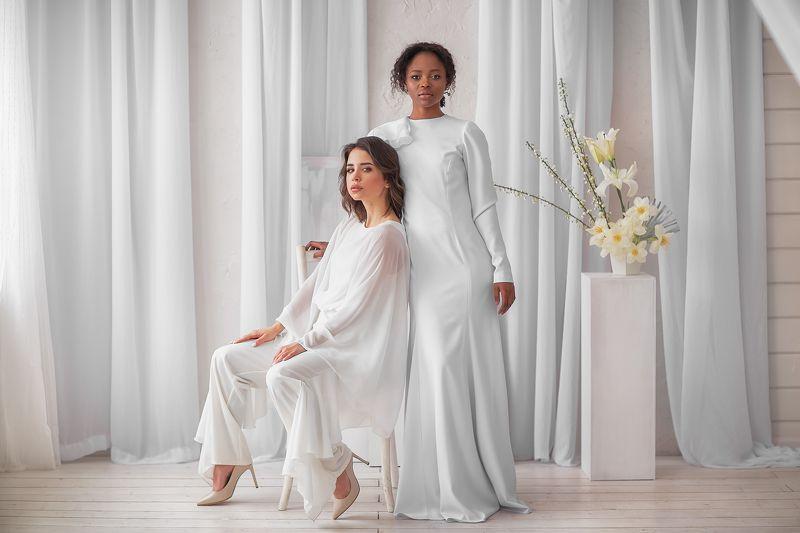 Девушка, красота, модель Мария и Кристинаphoto preview