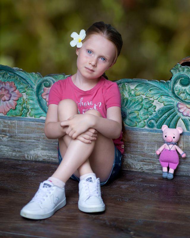 глаза лицо девочка взгляд игрушка портрет Sofiaphoto preview
