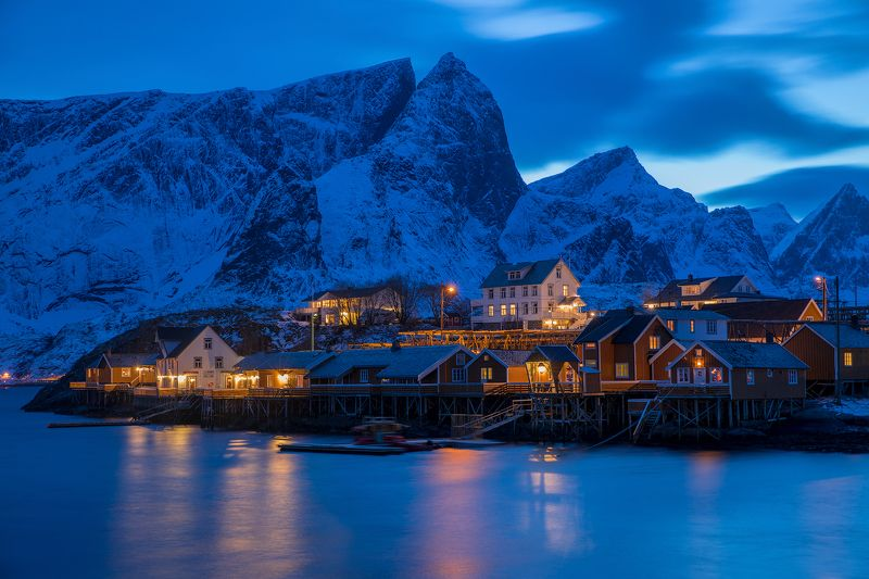 Blue hour in the Norgephoto preview