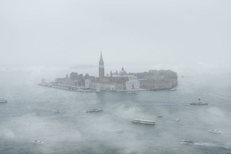 Venice Foggy days in Venicephoto preview