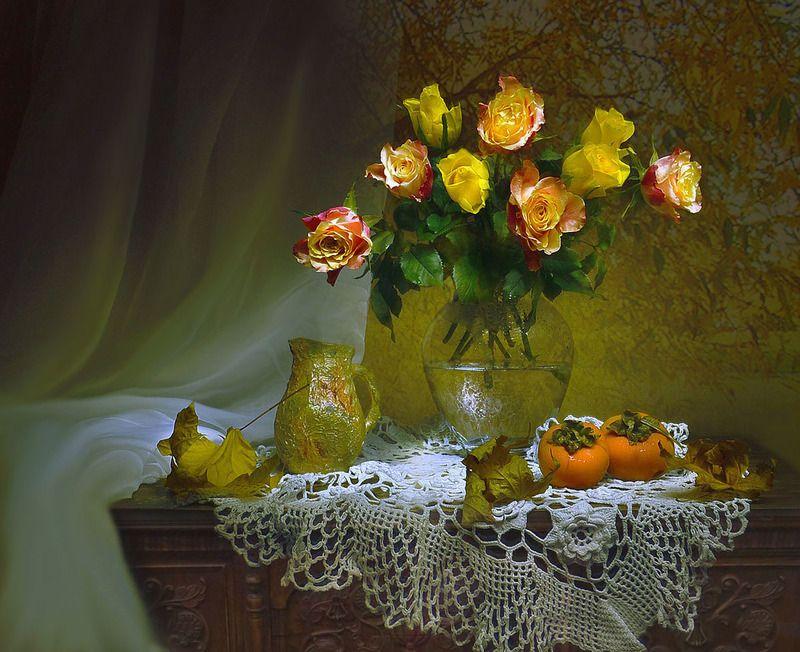 still life,натюрморт,фото натюрморт,осень, октябрь , кленовые листья, цветы, розы, настроение Прикосновение души...photo preview