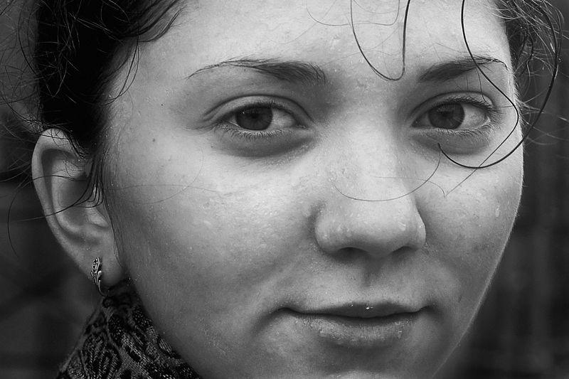 портрет, девочка, глаза, взгляд, апатиты, спб Девочка в дождьphoto preview