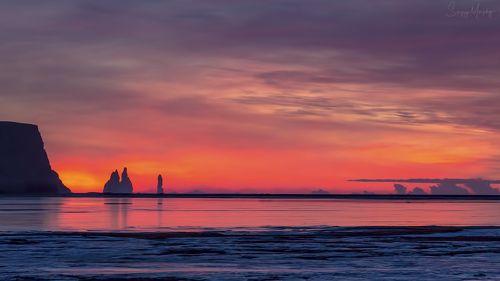 Burning horizon. Reynisdrangar. Iceland.
