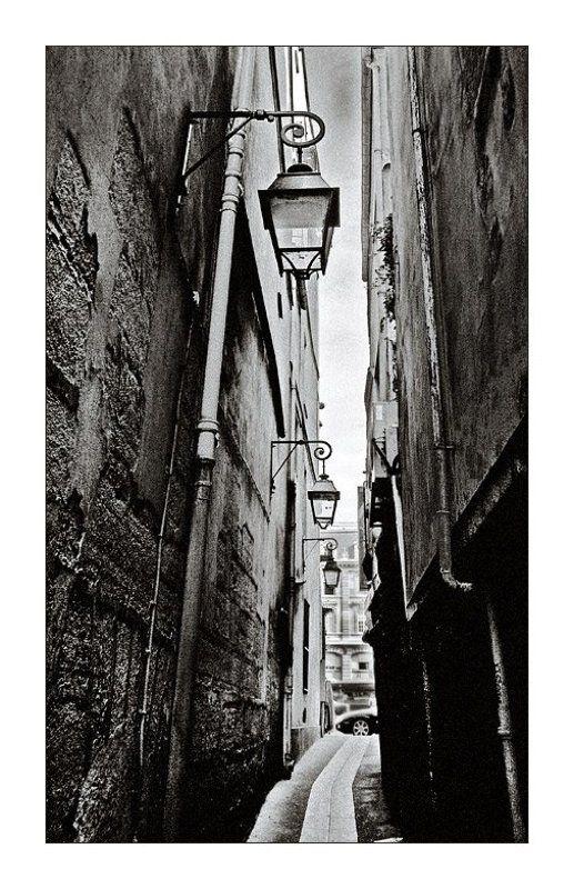 франция, париж, улица, стена, фактура, фонари ***photo preview