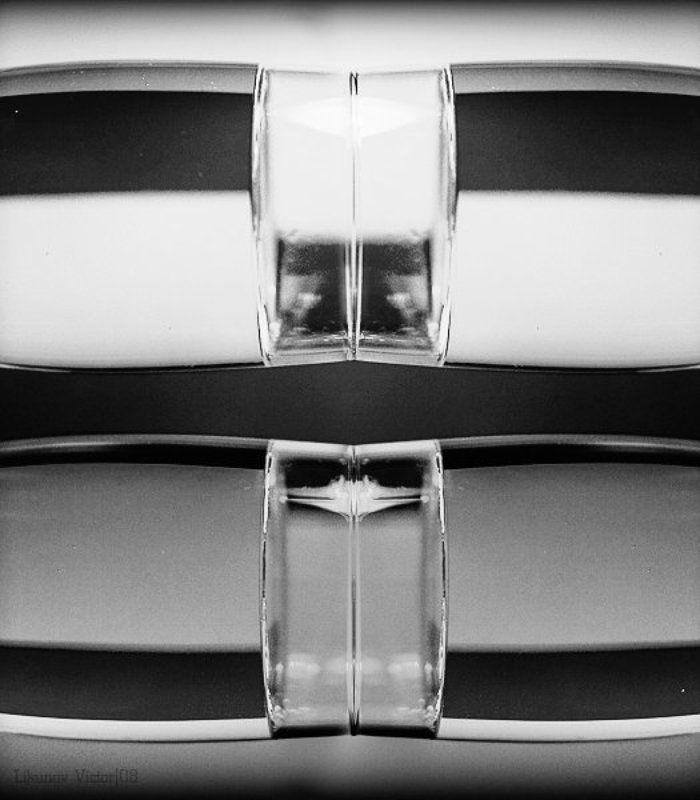 абстракция, линии, свет GlassShapephoto preview