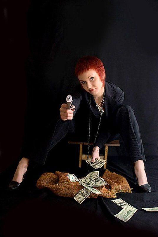 девушка, пистолет Гангстер-ледиphoto preview
