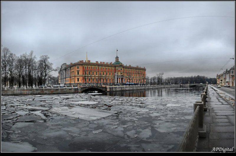питер инженерный замок Инженерный замок в пасмурную зимнюю погодуphoto preview