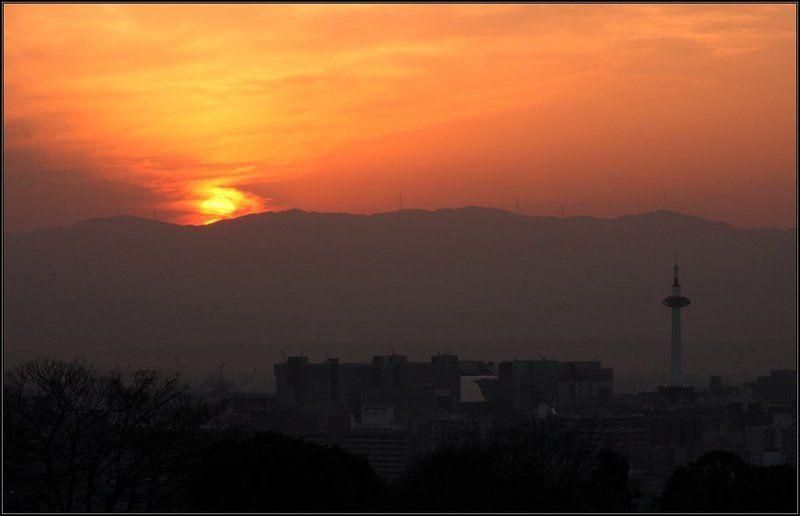япония, киото, закат Закат над Киотоphoto preview