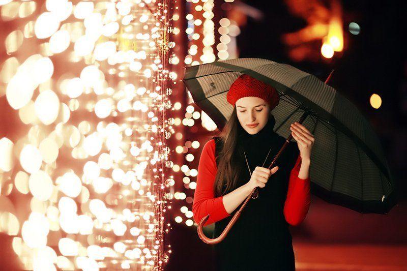новогодняя, девушка, портрет, лампочки, свет Light rainphoto preview