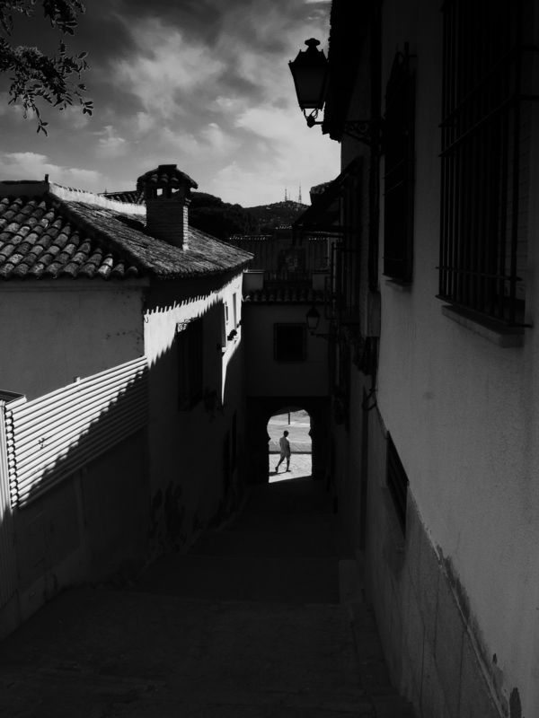 Black and white, Monochrome, Urban, Shadow, Contrast, Arch, Afternoon Chasing sillhouettes photo preview