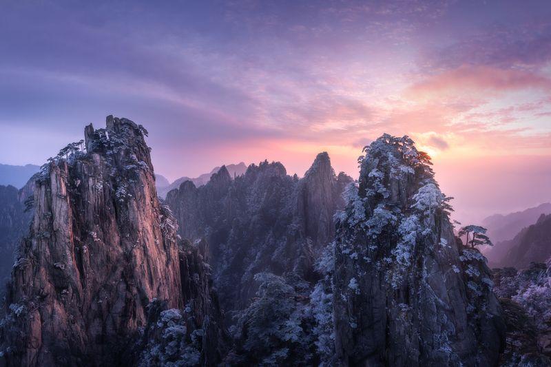 Рассвет в Хуаньшанеphoto preview