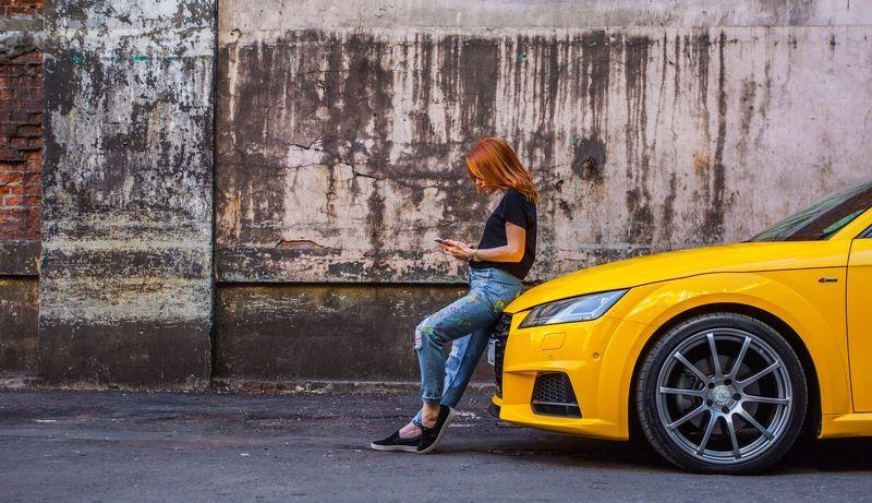 девушка автомобиль photo preview