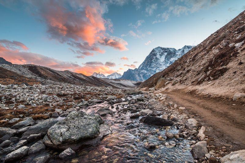 Непал, Гималаи, горы На пути к Горак Шепуphoto preview