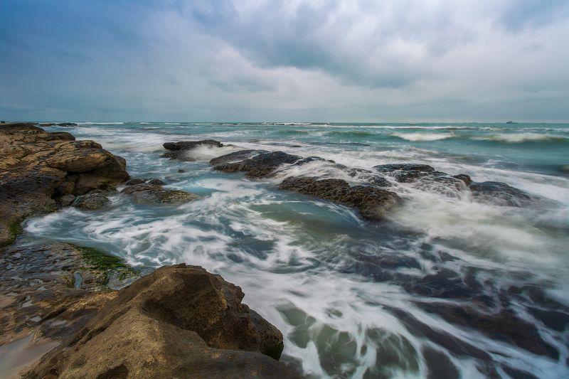 Неспокойно синее мореphoto preview