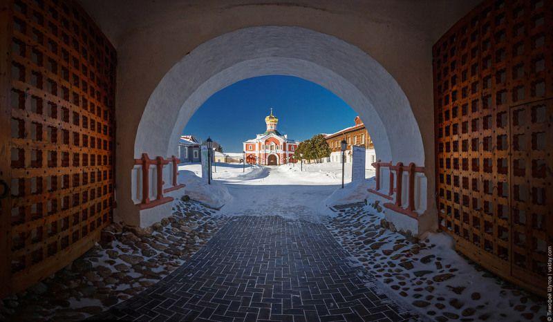 иверский монастырь, валдай Вратаphoto preview