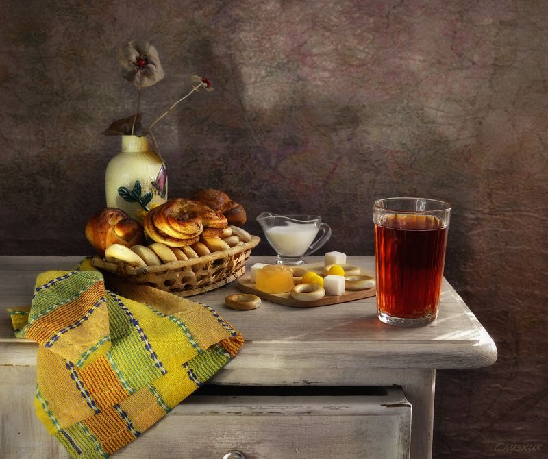 натюрморт,тумба,чай,стакан,сушки Просто утро, просто чай...photo preview