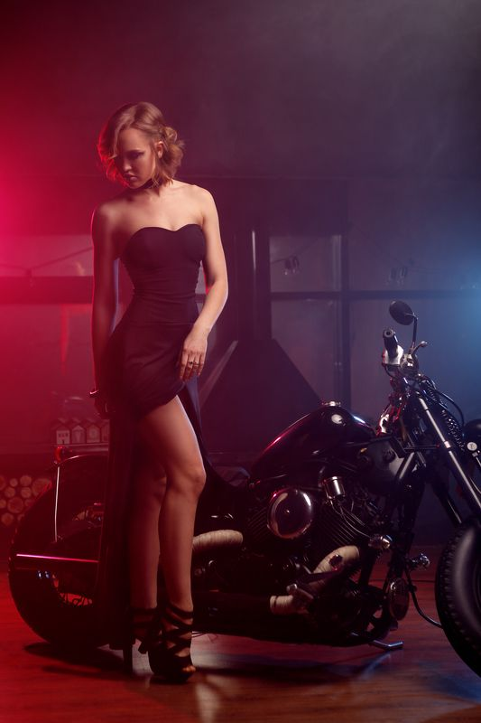 girl, beauty,  motorcycle, dark, light, night, love Nestiphoto preview
